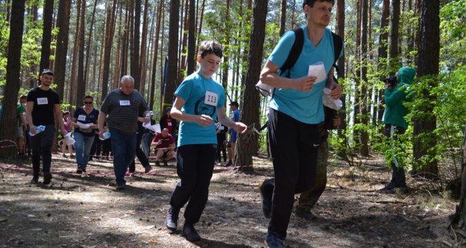Змагання у Червленому Лебединського району зі спортивного орієнтування Лебединський азимут