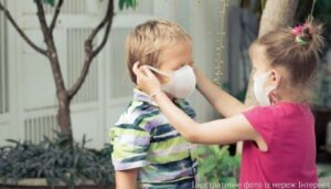 У «зеленому», але поки ще карантині: чи треба одягати маски?