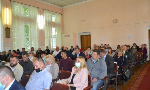 Лебединські депутати зібрали підписи на сесію «недовіри» Олександру Бакликову